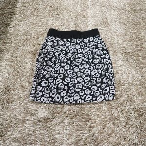 EUC Forever 21 cheetah black and gray mini skirt